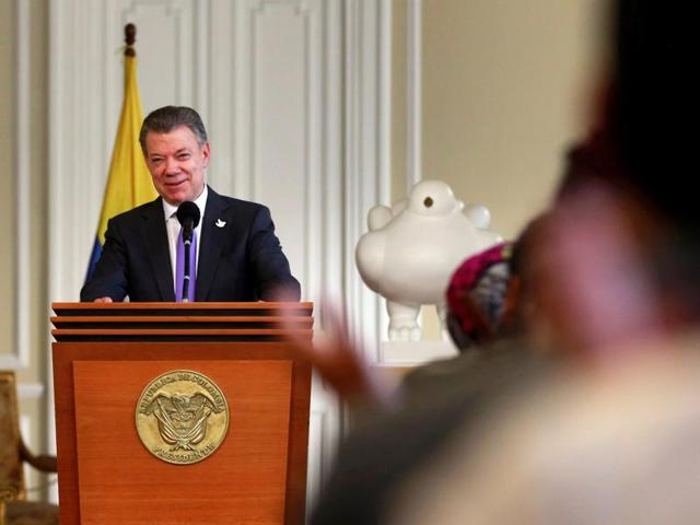 Speaking just five days after voters narrowly rejected his peace deal with the FARC rebels in a referendum, President Juan Manuel Santos urged Colombians not to give up on peace.