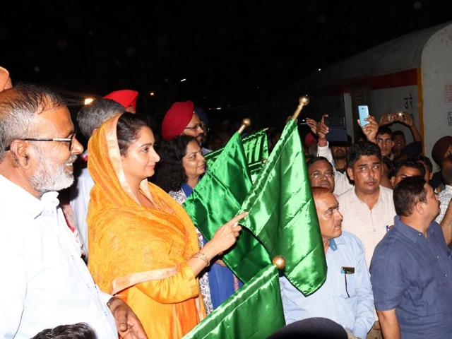 Union food processing minister Harsimrat Kaur Badal flagging off New Delhi-Bathinda-Ferozepur Shatabdi Express at Bathinda railway station on Friday.