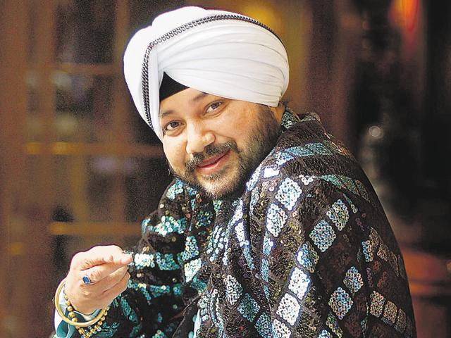 """Daler Mehndi talks about how film-makers """"refuse"""" to pay appropriate money to artistes; adds that musicians should stay true to their roots."""