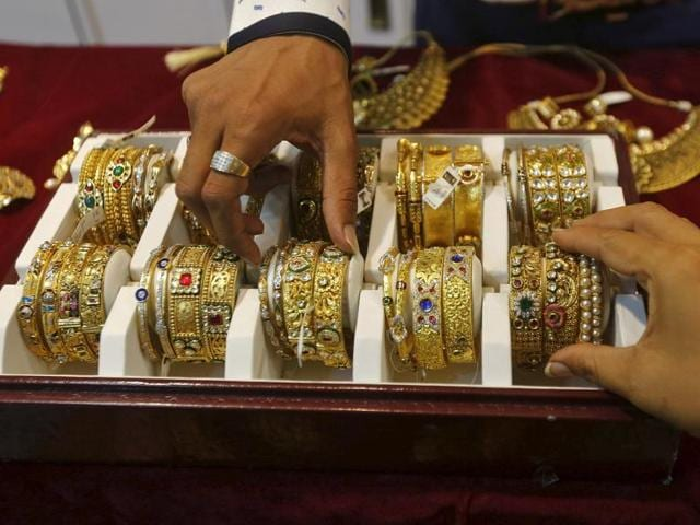 Gold prices,All India Gem and Jewellery Trade Federation,Festive season