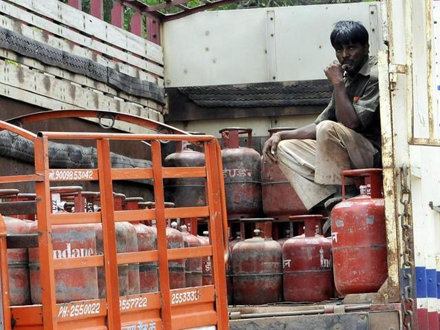 Centre's LPG 'give-it-up' drive,LPG subsidies,Chanchal Gupta