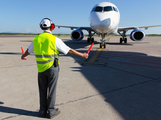DGCA,Ground crew,aircraft maintenance ebgineers