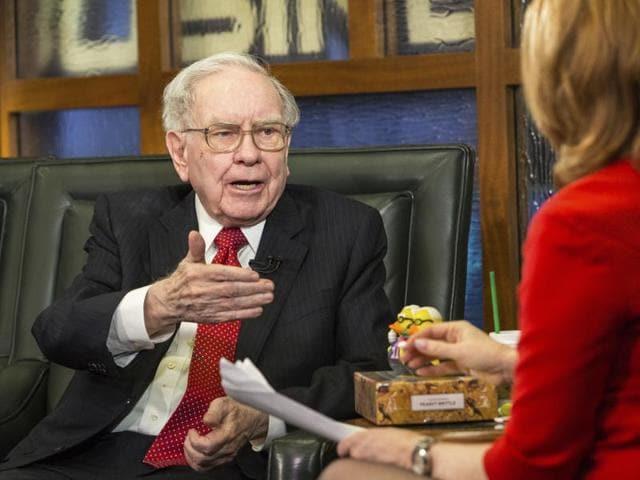 warren buffett,buffett,donald trump