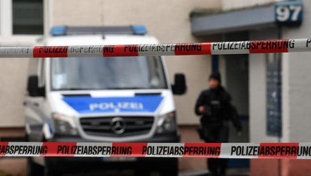 Hundreds of German police officers raided more than 200 offices, mosques and apartments of members and supporters of an Islamic group banned by the interior ministry.