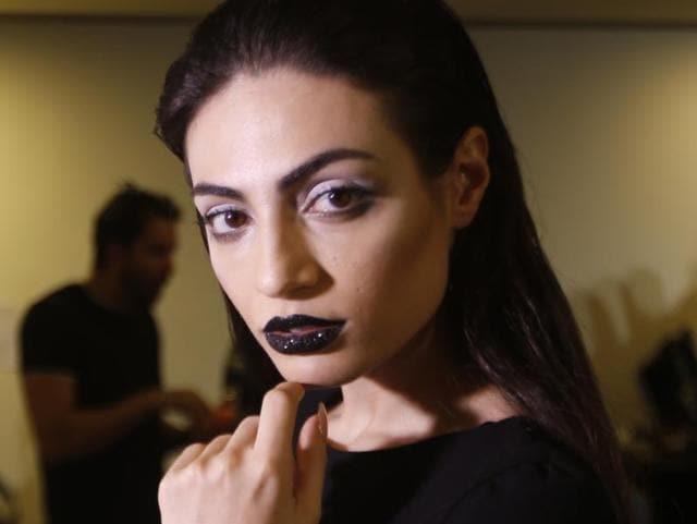 Rafeea al-Hajsi,Arab Fashion Week,Breaking Barriers