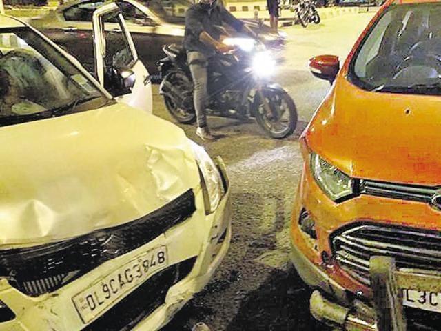 His SUV was hit by a rashly driven Swift car near ASIAD Village traffic signal.(HT Photo)