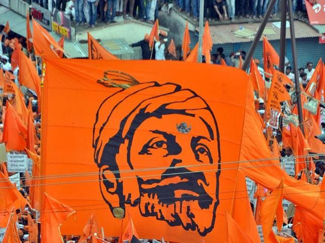 Dalit writer Pradnya Pawar and scholar Raosaheb Kasabe were reportedly forced to leave a Marathi literary meet over their comments on Chhatrapati Shivaji Maharaj.