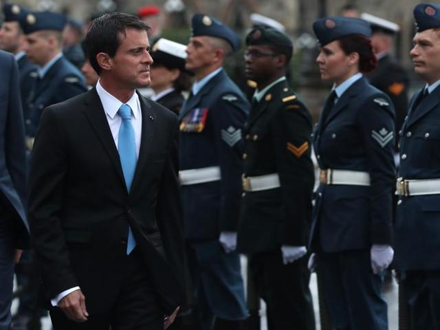 French Prime Minister Manuel Valls said Thursday that his country supports the election of Hillary Clinton over Donald Trump in the upcoming US presidential election.