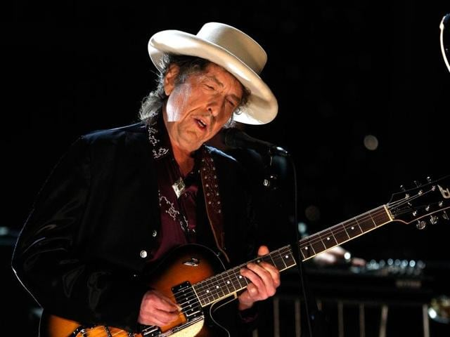 This file photo taken on June 11, 2009 shows US singer Bob Dylan performing during the 37th AFI Life Achievement Award: A Tribute to Michael Douglas at Sony Pictures in Culver City, California.