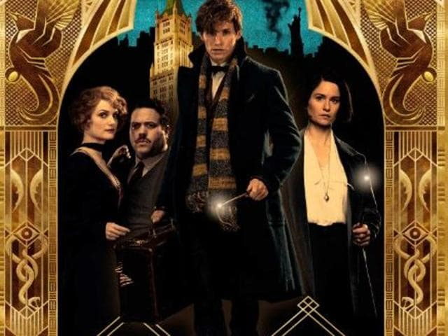 Fantastic Beasts depicts Redmayne's Newt Scamander arriving in New York City in 1926 with a case of magical creatures, amid growing strife in the wizarding world.