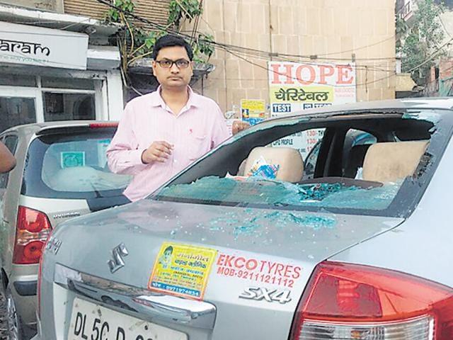 road rage,delhi crime,doctor assaulted