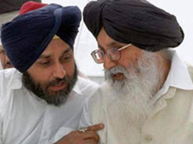 Punjab govt honoured the remaining, 1975 special grant for war widows,  on Friday.