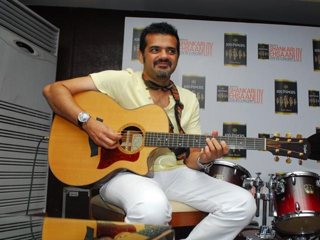 Composer Ehsaan Noorani believs Indians love listening to English music.