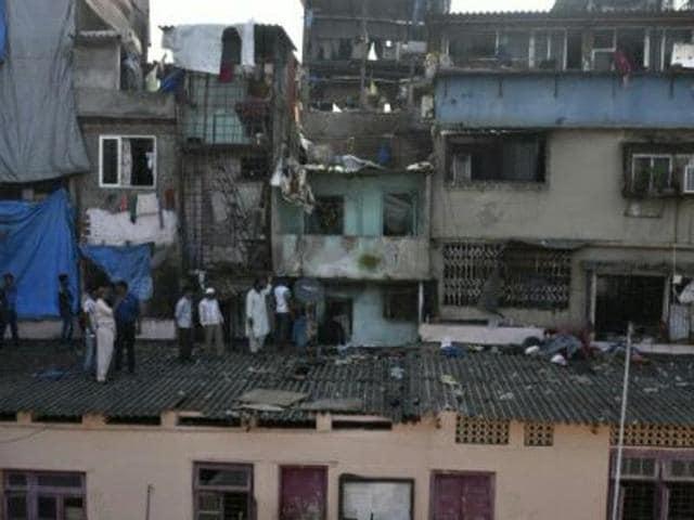 Bandra,building collapse,BMC