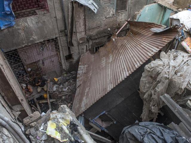 building collapse,Bandra,Mumbai