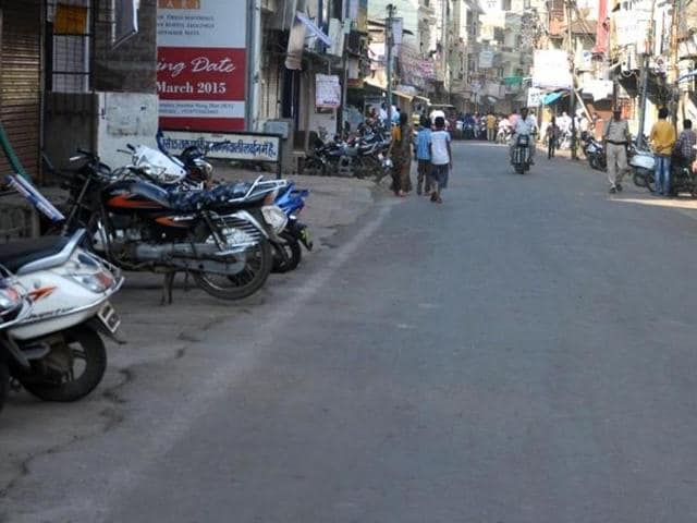 A traffic-less road in Dhar town on the second day of bandh called by RSS, on Saturday.
