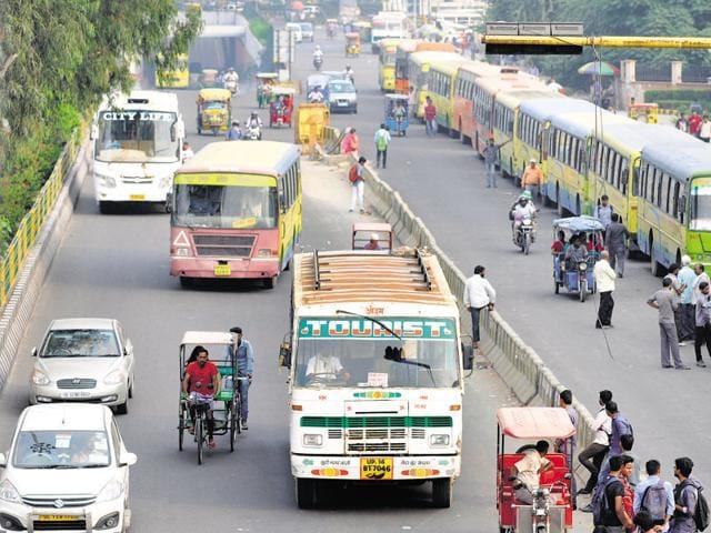 ST bus,accident,Kalyan