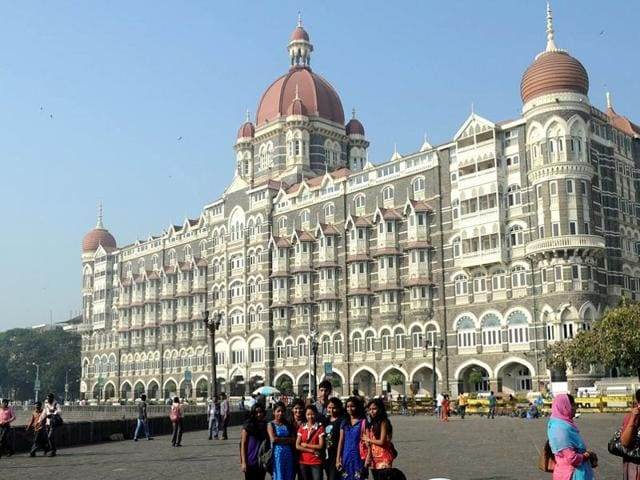 Indian travellers,hotel stay,hotel etiquette