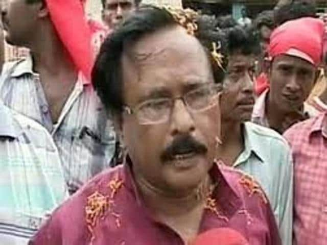 Once a CPI(M) strongman who lorded over East Midnapore district, Seth courted infamy over alleged involvement in the Nandigram violence in 2007 and slipped into virtual anonymity after being expelled from the party in 2014.