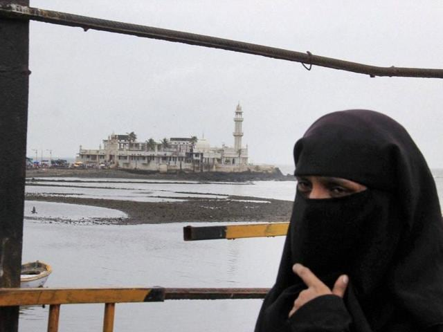 Haji Ali verdict,Bombay high court,Women's entry in Haji Ali