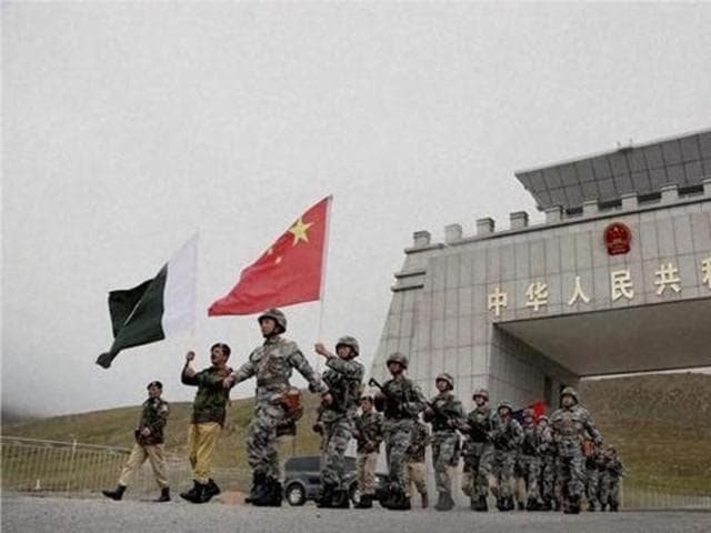 Chinese and Pakistan troops after the launch of their first joint patrolling of the border connecting PoK with Xinjiang province, China.(PTI file)