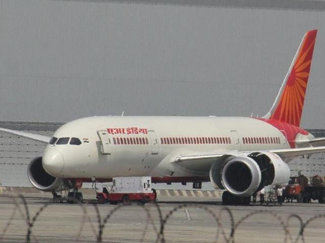 AI flight,Air India,AI flight tyre gets deflated