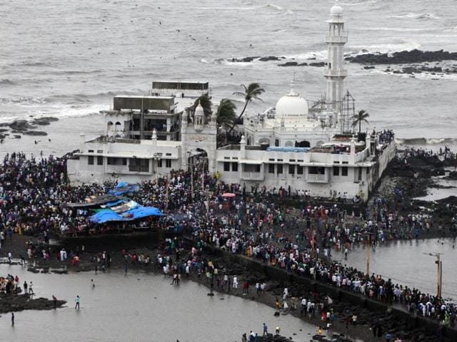 Groups campaigning for equal religious rights for women said that if the Haji Ali shrine is asked to stop discriminating against women it will set a precedent for others too.