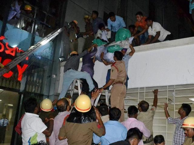 Odisha hospital fire,Naveen Patnaik,Bhubaneswar