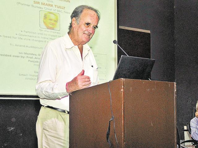 Journalist and author Mark Tully interacting with the faculty and students at Panjab University, Chandigarh, on Monday.