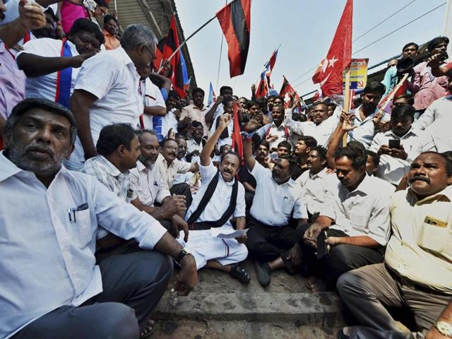 MDMK general secretary Vaiko and VCK Chief Thol Thirumavalavan, along with party workers, including those from the Left parties, at a 'Rail Roko' protest in Chennai.
