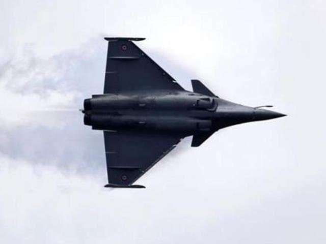 Pakistan Air Force,Mirage jet crash in Karachi,Pakistan