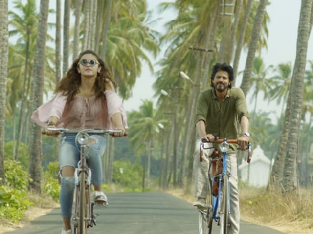 Dear Zindagi arrives in theatres on November 25.