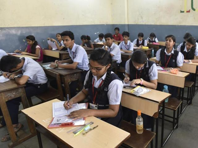 Some principals said that the no-detention should be retained for lower classes, instead of being scrapped.