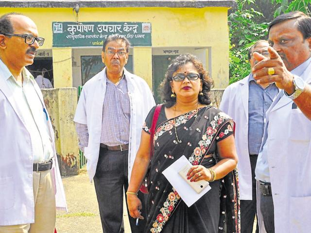 Medical Council inspector Dr Kanti Jaiswal (in saree) at the rural health centre at Gobindpur in Dhanbad on Tuesday.