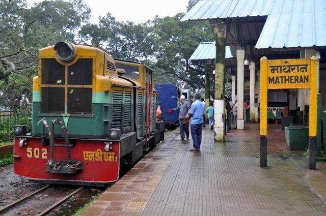 Located about 100 km from Mumbai, Matheran sees hundreds of tourists every day.