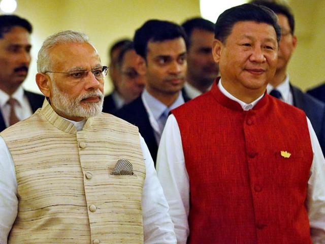 Prime Minister Narendra Modi (left) and Chinese President Xi Jinping