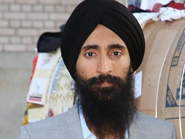 Waris Ahluwalia,Sikh,racism