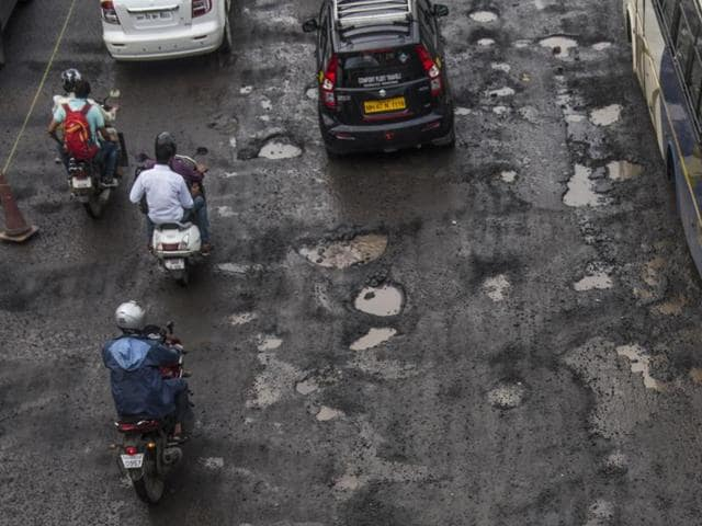 mumbai road scam,mumbai,bjp