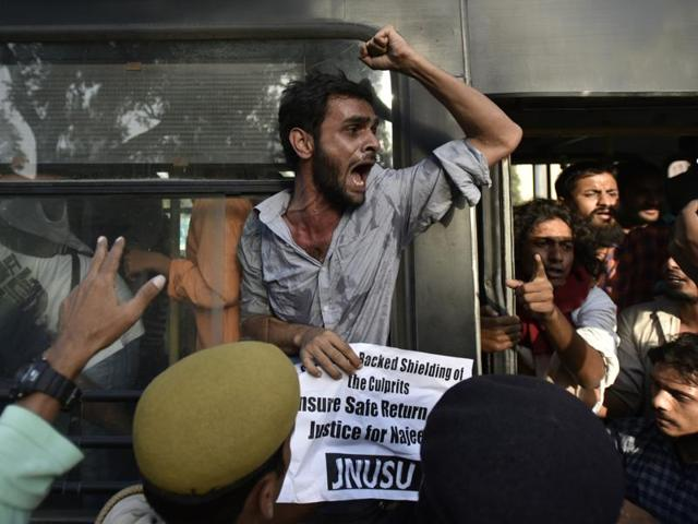 Members of the Jawaharlal Nehru students protest near home minister Rajnath Singh;s house in New Delhi on Friday.