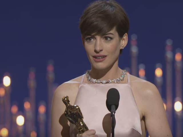 Hathaway giving an acceptance speech after winning an Oscar for 2013's Les Miserables.