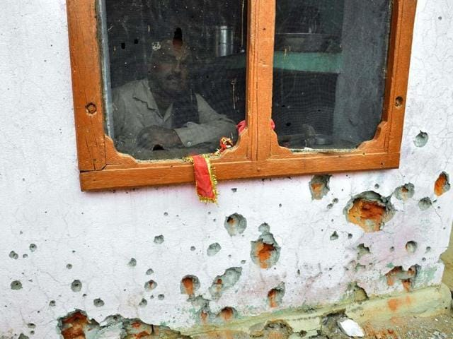 Pakistan Rangers shelled Indian posts and villages along the International Border in RS Pura sector of Jammu district.