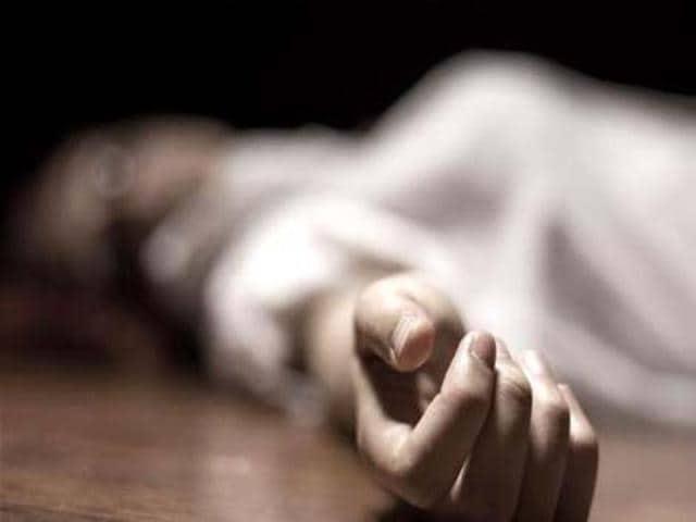 Bhopal,woman jumps off college terrace,woman suicide
