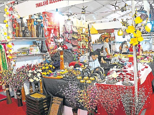 Ban call,Chinese goods,brisk business