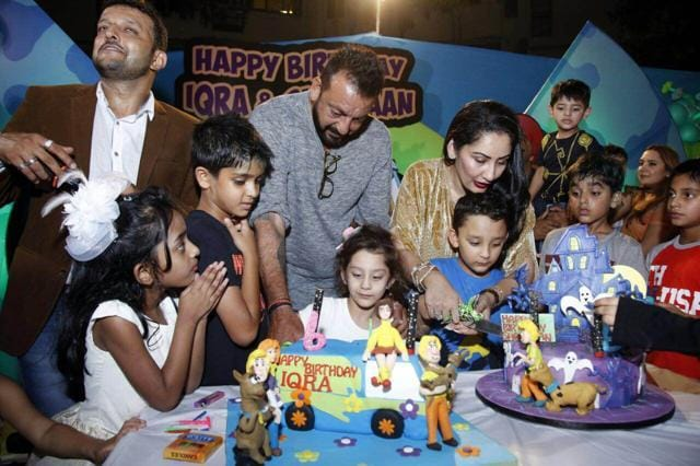 Sanjay Dutt celebrates the birthday of his twins for the