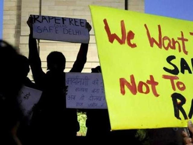 Hundreds of agitated people gathered at India Gate to protest against rape.