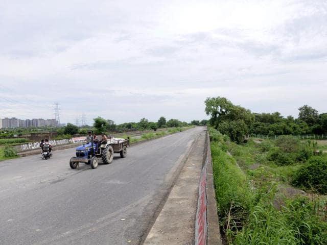 Noida,bridge construction,Greater Noida