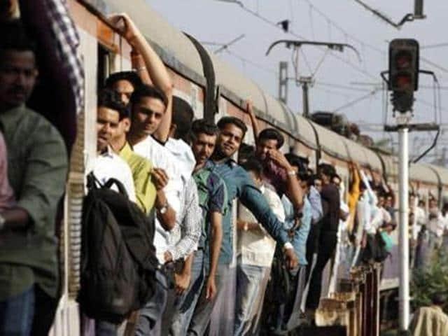 Theft,Mumbai trains,Diwali