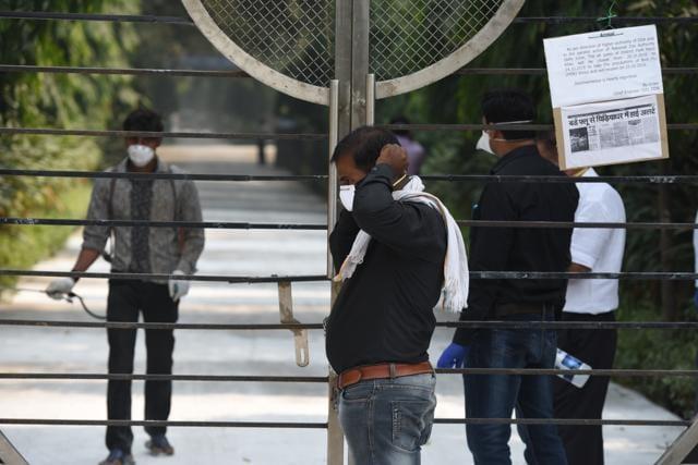 Deer Park shut down,Bird flu,Bird flu scare in Delhi