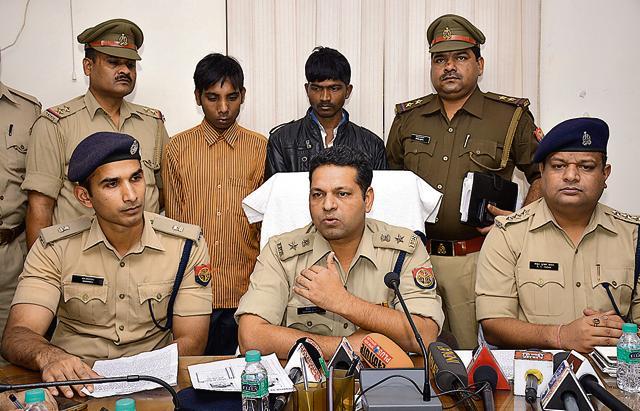 According to the police, the two domestic helps were arrested near Kanavani overbridge inIndirapuram.