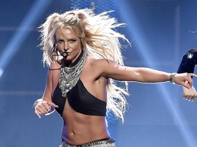 Britney spears wardrobe malfunction made